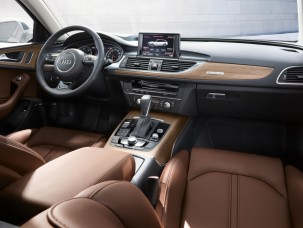 antropoti-limousine-rent-a-car-audiA6-interior3