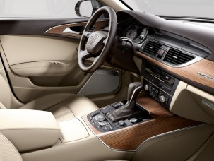 antropoti-limousine-rent-a-car-audiA6-interior4