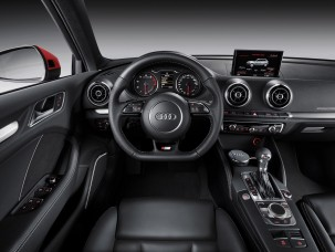 antropoti_rent_car_audi_a3_sportback-interior