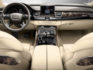 antropoti-limousine-rent-a-car-audiA8-interior3